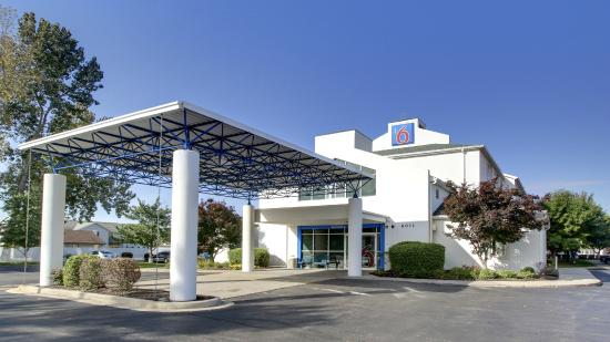 Photo of Motel 6 Springfield