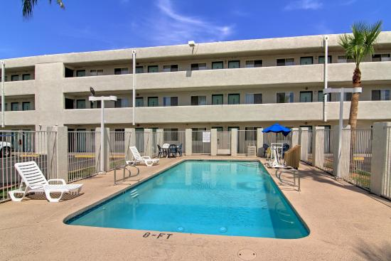Pool picture of tempe central arizona tripadvisor for Tempe swimming pool