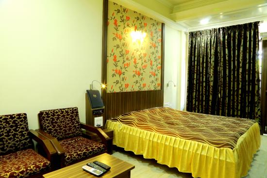 Photo of Hotel Shreyas Pune