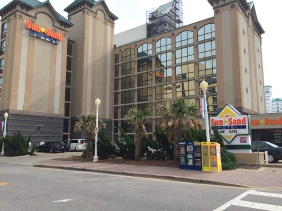 Photo of Palm Grove Hotel and Suites Virginia Beach