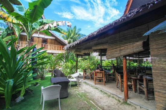 Kermit Surf Resort Siargao