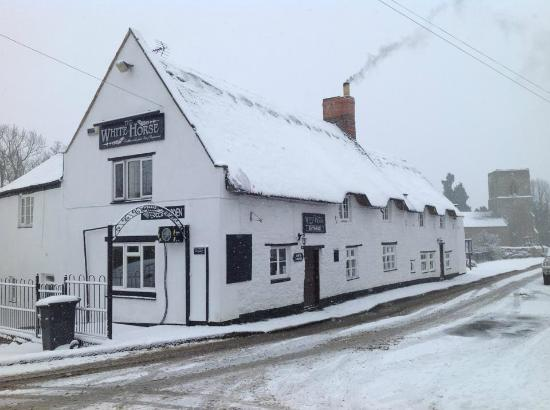 The White Horse Welton Picture Of The White Horse