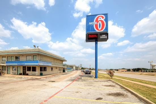 Photo of Motel 6 Dallas - Euless