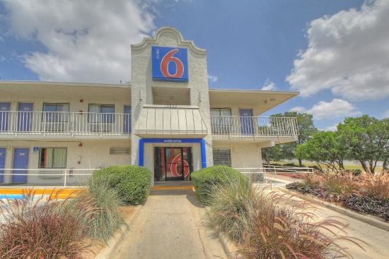 Photo of Motel 6 San Antonio - Fiesta