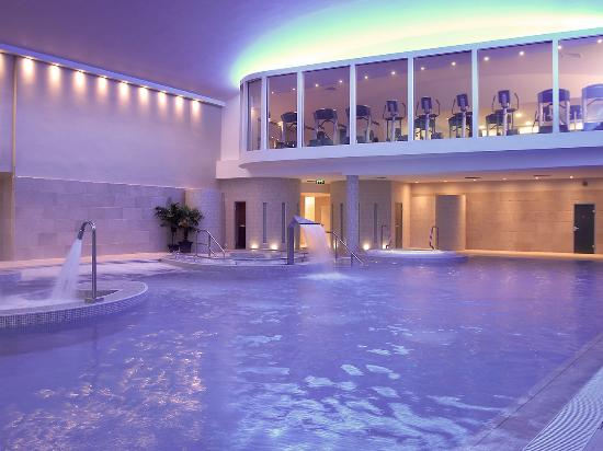 Hotels In Athlone With Swimming Pool