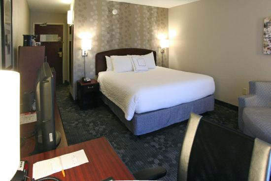 Photo of Courtyard by Marriott Charlotte Matthews