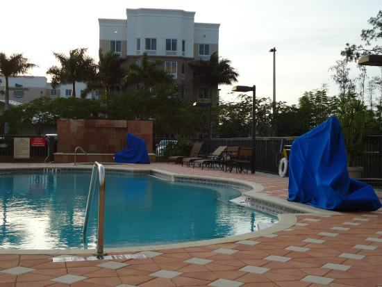 Vista Do Refeit Rio Para A Piscina Do Hotel Picture Of Homewood Suites By Hilton Fort Myers