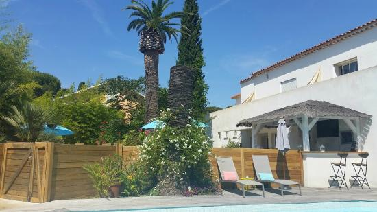 Photo of Hotel Synaya Sanary-sur-Mer