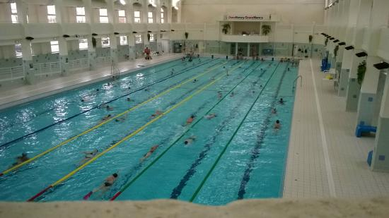 Bassin de 50m olympique de l 39 une des 2 piscines du site picture of pole aquatique grand nancy - Piscine ronde nancy ...