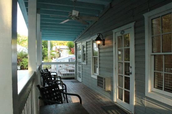 Entree de chambres picture of chelsea house hotel in key for Chelsea pool garden key west