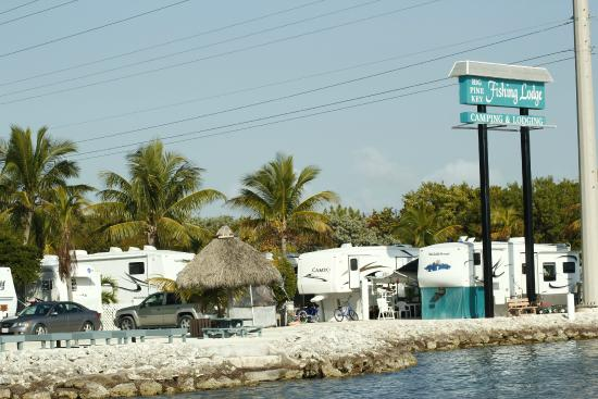 Waterfront camping a great way to experience the florida for Big pine key fishing lodge big pine key fl