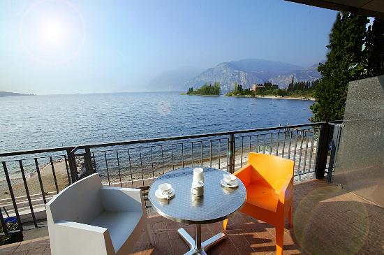 Photo of Hotel Residence Spiaggia Malcesine