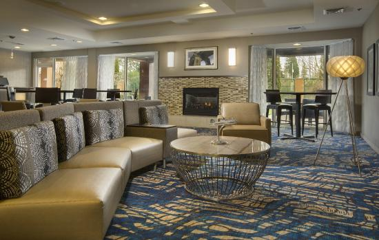 Courtyard by Marriott Seattle North / Lynnwood