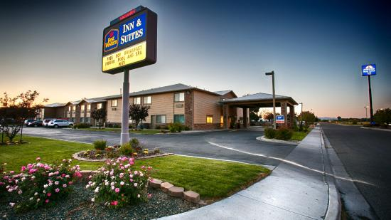 Photo of BEST WESTERN Inn & Suites Ontario