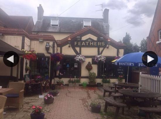 Staines, UK: The feathers laleham
