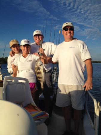 Darryl 39 s fish on capt mike 39 s boat picture of fort myers for Captain mike fishing