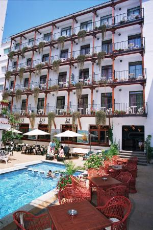 Photo of Hotel Neptuno Calella