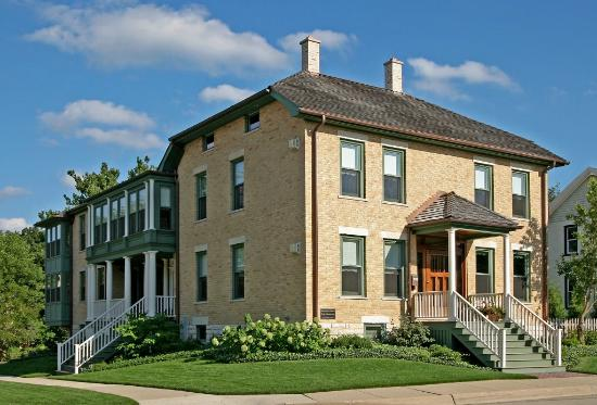 Barrington House Bed & Breakfast