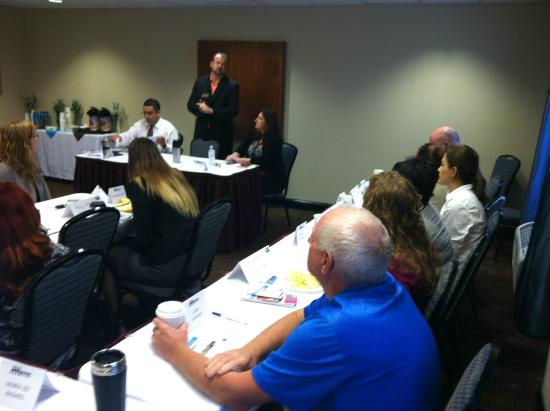 Holiday Inn Express & Suites Fort Myers- The Forum: Networking meeting