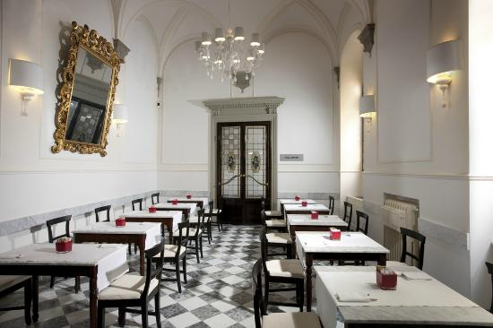 Breakfast room picture of nh collection firenze porta - Porta rossa hotel florence ...