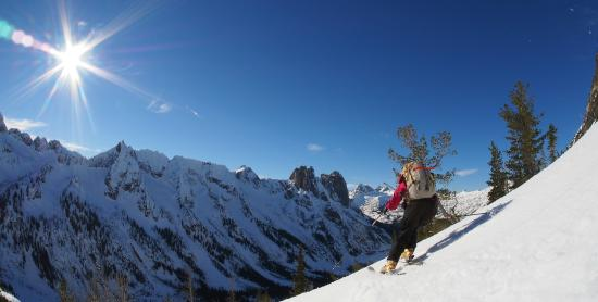 North Cascades Mountain Guides - Day Tours