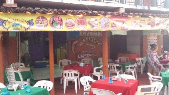 Seafood Flower House Mariscos