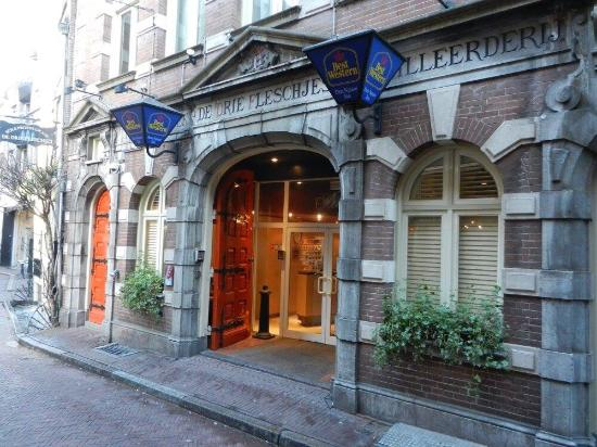 Hotel Entrance Picture Of Best Western Dam Square Inn