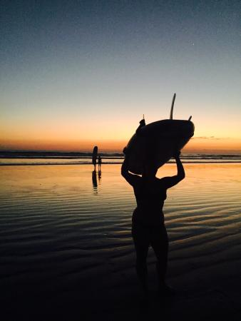 Young Vision Surf School: On playa hermosa!