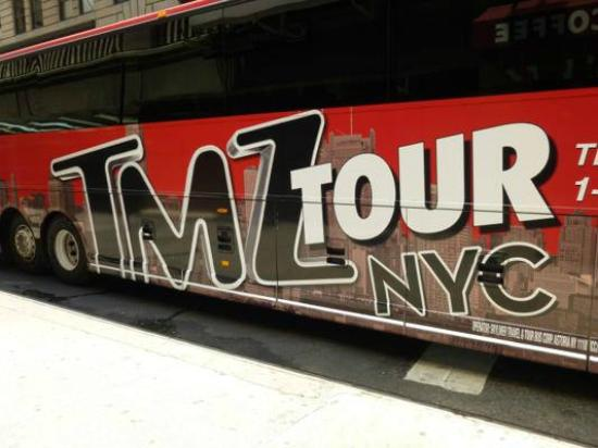 The big tmz bus picture of tmz tour nyc new york city for Tmz tour new york city