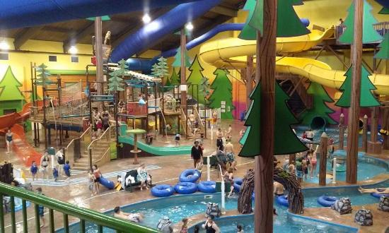 Dundee Michigan Water Park Hotel