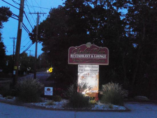Charlies Place Restaurant & Lounge: Charlies Place Restaurant Niantic CT