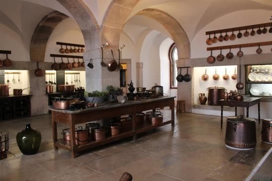 The kitchen picture of park and national palace of pena for Kitchen set rate