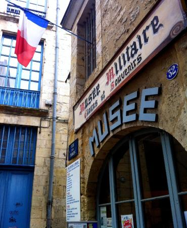 Musee Militaire
