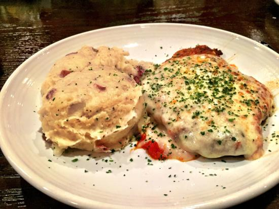 Chicken Parmesan w/ Garlic Mashed Potatoes. - Picture of Carrabba's ...