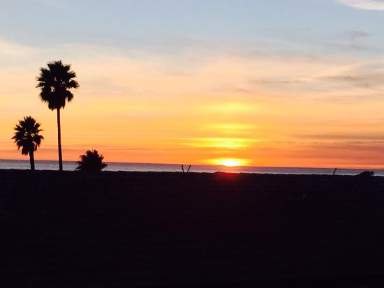 Beautiful pismo sunset picture of best western plus for Best western pismo