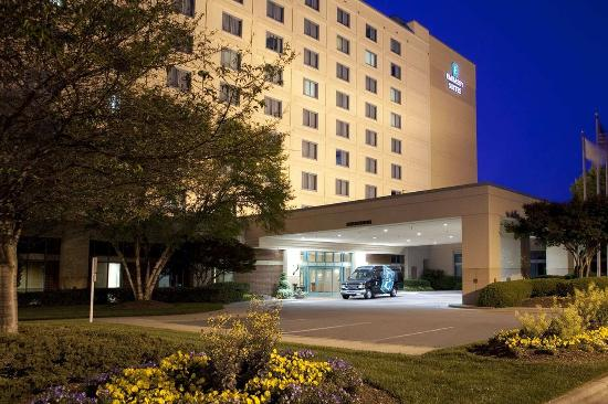 Photo of Embassy Suites Raleigh - Durham/Research Triangle Cary