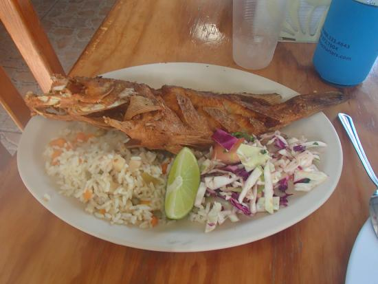 Whole fried fish picture of pescaderia san carlos for Best fried fish near me