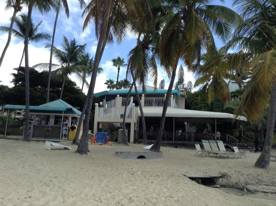 Sangria Beach Bar Restaurant Amp Beach Cabana Picture Of Elysian Beach Resort East End