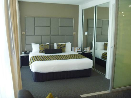 3 Bedroom Penthouse Apartment Picture Of Meriton Serviced Apartments Brisbane On Herschel