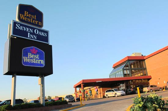 BEST WESTERN Seven Oaks Inn