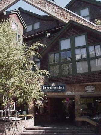 ‪Executive Inn At Whistler Village‬