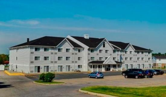 Lakeview Inns & Suites Bathurst