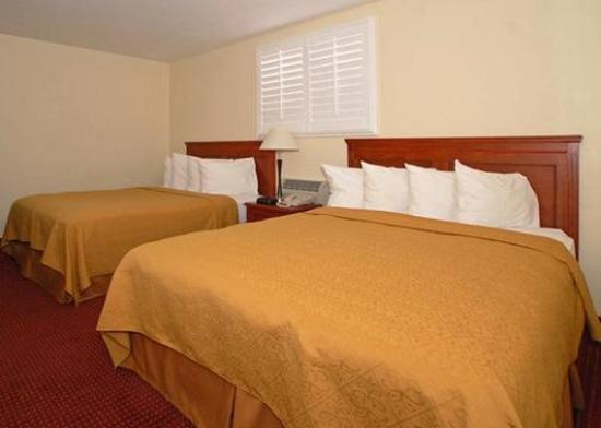 Photo of Quality Suites Tempe