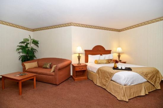 Photo of BEST WESTERN Inn & Suites At Discovery Kingdom Vallejo