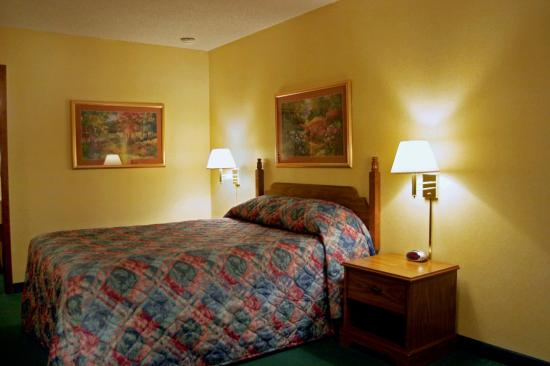 Photo of Americas Best Value Palmer Inn York