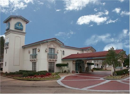 Photo of Baymont Inn & Suites Longview