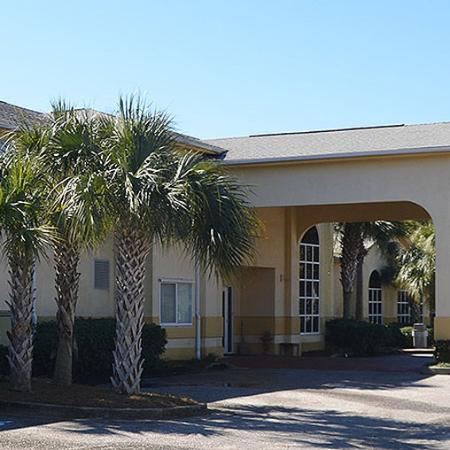 Magnuson Hotel and Suites Gulf Shores