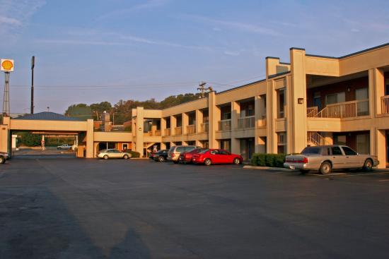 Photo of Best Western Thunderbird Motel Cookeville