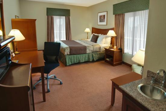 BEST WESTERN PLUS I-5 Inn & Suites