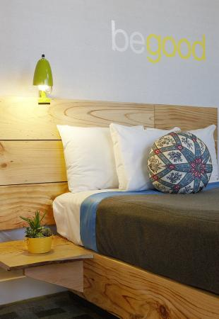 The Good Hotel: Guest Room